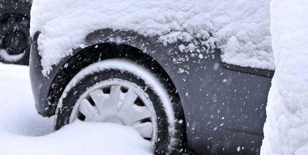 Auto senza catene da neve